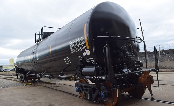 30,500G Tank Car - Greg Aziz